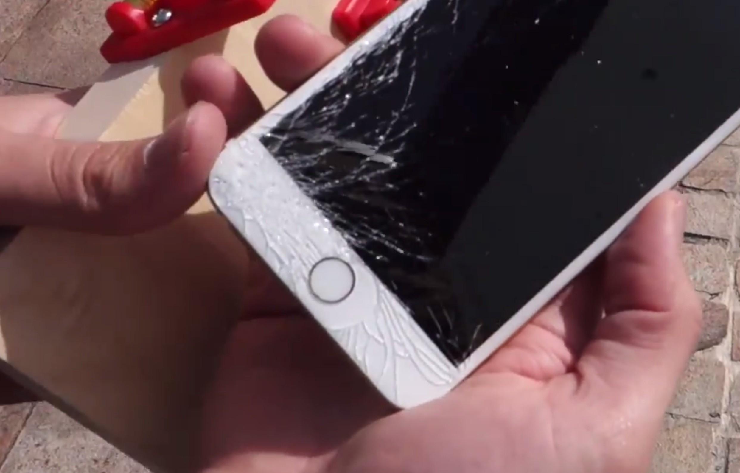 Màn hình iPhone 6 Plus bị nứt vỡ