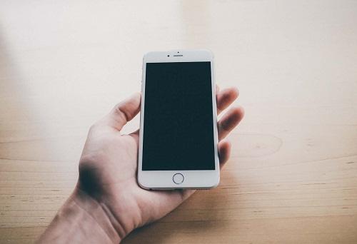 iPhone 6 Plus không lên màn hình