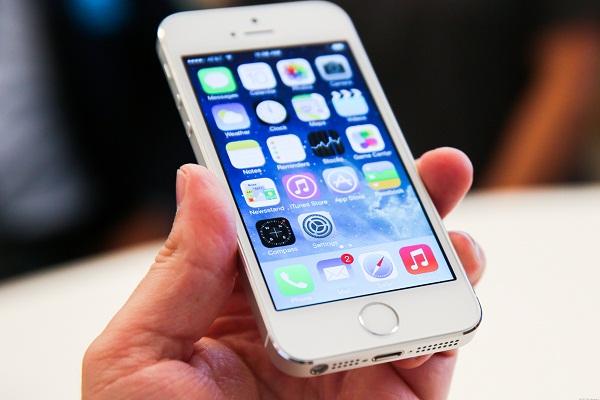 iPhone 5s bị giật màn hình