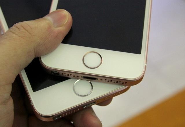 iPhone độ có viền nút home màu trắng