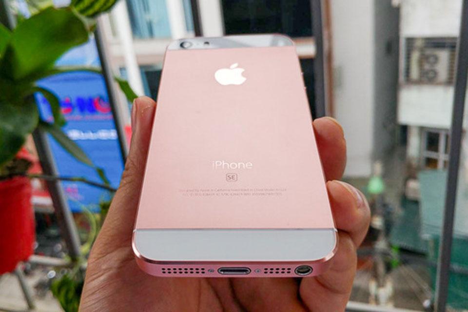 iPhone 5 sau khi độ vỏ SE