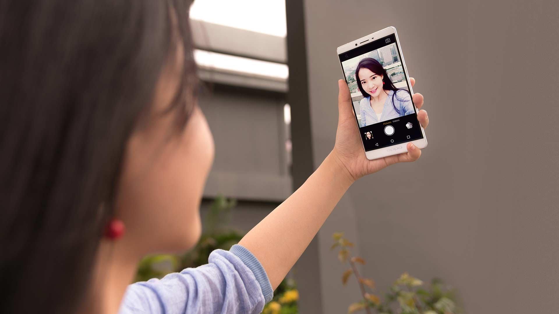 Oppo F1s cho khả năng selfie tuyệt vời