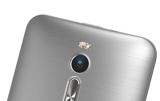 Bộ đèn Flash kép của Asus Zenfone 2