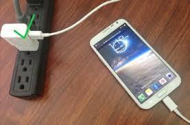 Cắm thử sạc cho Samsung Galaxy S6