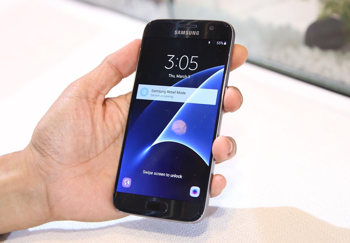 """Khắc phục lỗi """"lớp phủ màn hình"""" cho Samsung Galaxy S7, Note 5"""